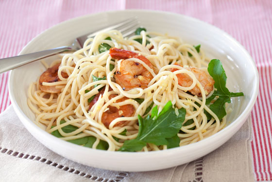 560x375_spaghetti-with-prawns