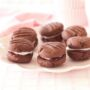 Foodlovers, Helen Jackson recipes and food. Chocolate melting moments. Photos by Carolyn Robertson