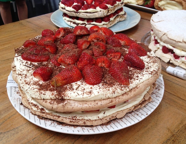 chocolate and strawberry pavlova