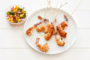 Foodlovers website recipes, Helen Jackson, Christmas baking and summer food. Coconut prawns with mango salsa. Photos by Carolyn Robertson